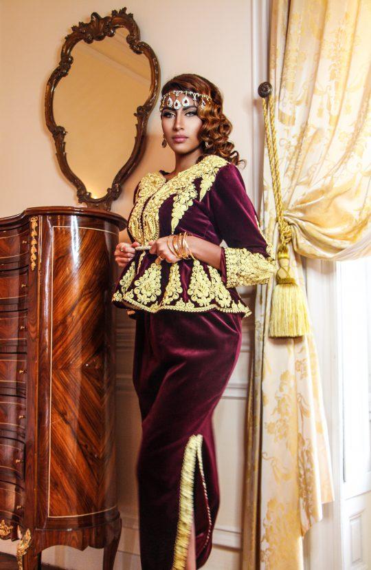 Karakou traditionel bordeau